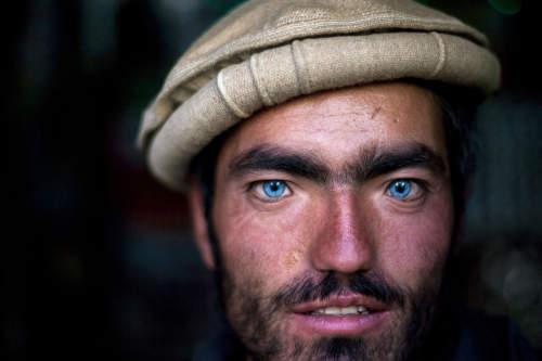Hossein Fatemi Portraits Portfolio